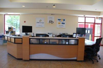 Life Storage - Palmdale 380 West Palmdale Boulevard Palmdale, CA - Photo 2