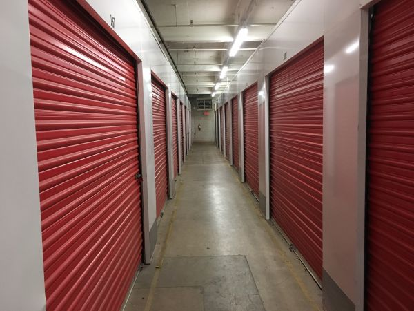 Spring Grove Self Storage 4861 Spring Grove Avenue Cincinnati, OH - Photo 3