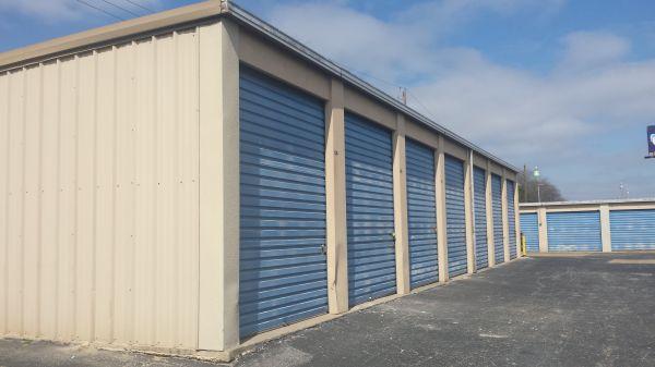 Great Value Storage - Austin 7116 S I H 35 Austin, TX - Photo 3