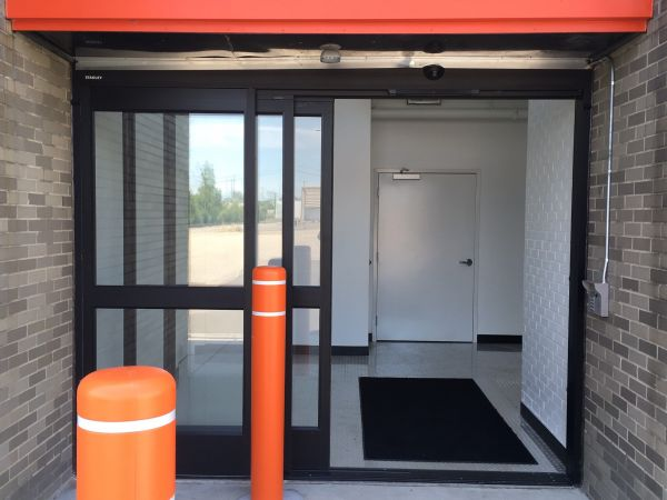 1-800-Self Storage - 8 Mile 15160 West 8 Mile Road Oak Park, MI - Photo 1