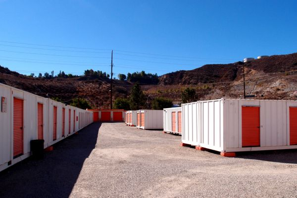 ... A 1 Sierra Storage17175 Sierra Highway   Santa Clarita, CA   Photo 1 ...