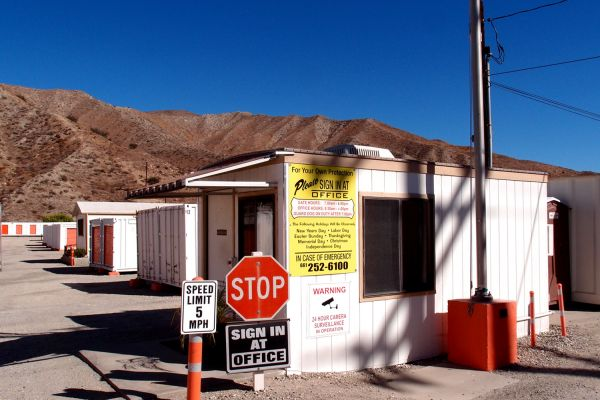A-1 Sierra Storage 17175 Sierra Highway Santa Clarita, CA - Photo 4