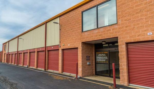 iStorage New Castle 4016 North Dupont Highway New Castle, DE - Photo 4