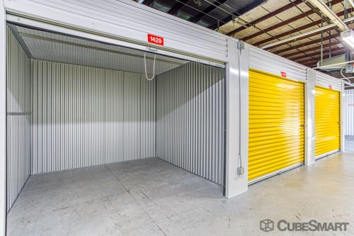 CubeSmart Self Storage - Olathe 325 North Mur-Len Road Olathe, KS - Photo 4
