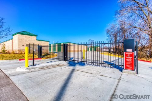 CubeSmart Self Storage - Olathe 325 North Mur-Len Road Olathe, KS - Photo 6