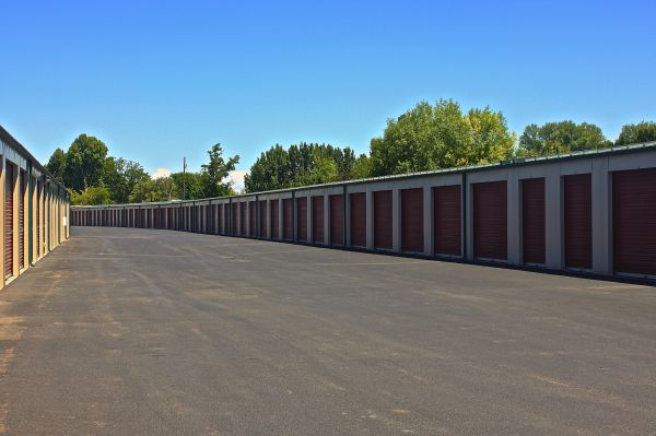 Keylock Storage - Nampa 146 North Middleton Road Nampa, ID - Photo 3