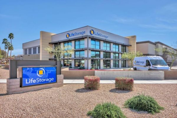 Life Storage - Scottsdale - East Acoma Drive 7301 East Acoma Drive Scottsdale, AZ - Photo 5