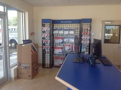 Life Storage   St. Petersburg   Tyrone Boulevard North2925 Tyrone Boulevard  North   Saint Petersburg ...