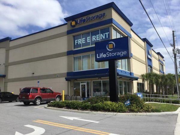 Life Storage - St. Petersburg - Tyrone Boulevard North 2925 Tyrone Boulevard North Saint Petersburg, FL - Photo 0