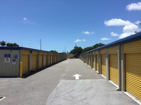 Life Storage - St. Petersburg - Tyrone Boulevard North 2925 Tyrone Boulevard North Saint Petersburg, FL - Photo 7