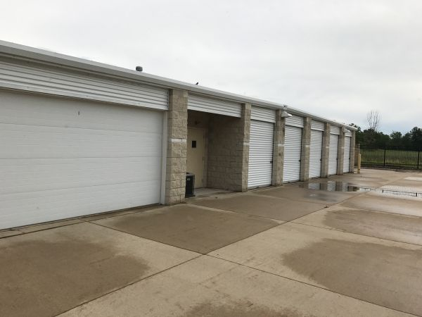 Lunn Road Storage 21931 Lunn Road Strongsville, OH - Photo 6