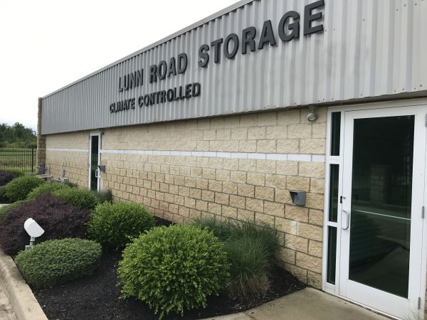 ... Lunn Road Storage21931 Lunn Road   Strongsville, OH   Photo 10 ...
