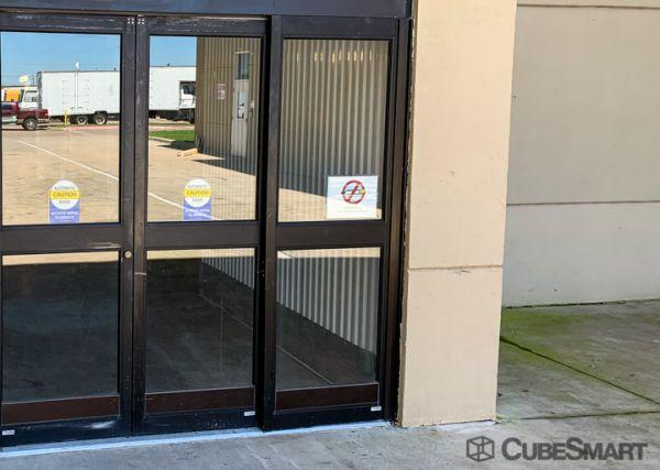 CubeSmart Self Storage - Dallas - 9713 Harry Hines Blvd 9713 Harry Hines Blvd Dallas, TX - Photo 2