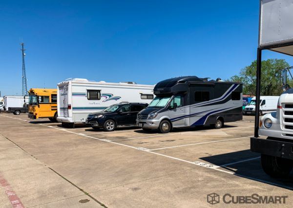 CubeSmart Self Storage - Dallas - 9713 Harry Hines Blvd 9713 Harry Hines Blvd Dallas, TX - Photo 4