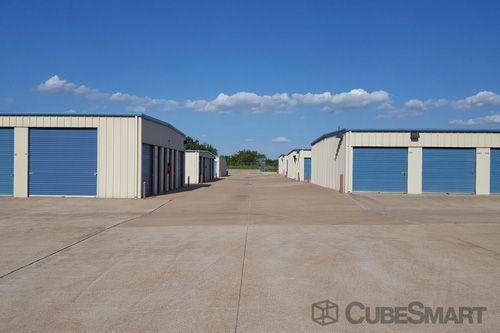 CubeSmart Self Storage - Corinth 6501 South Interstate 35 East Corinth, TX - Photo 2