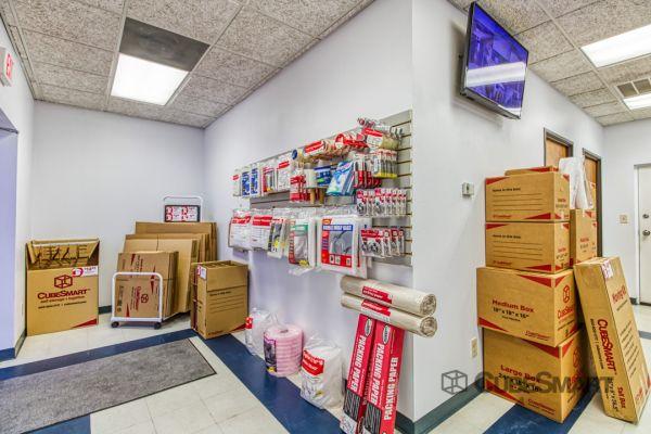 CubeSmart Self Storage - Corinth 6501 South Interstate 35 East Corinth, TX - Photo 4