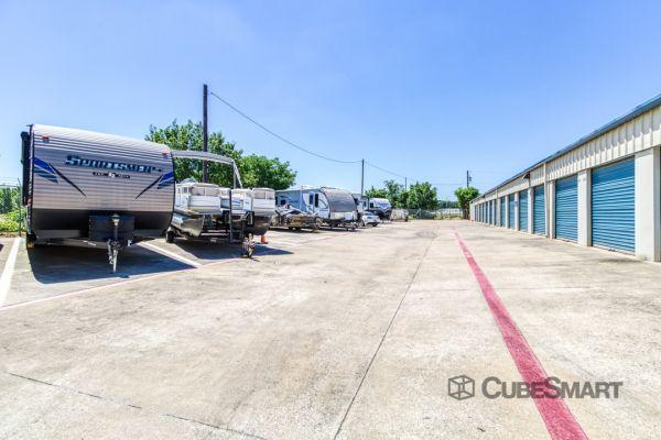 CubeSmart Self Storage - Corinth 6501 South Interstate 35 East Corinth, TX - Photo 6