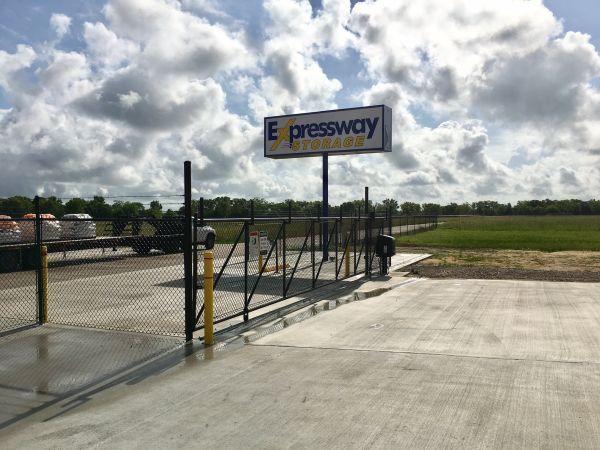 Expressway Storage 3412 Dwayne Rd Rosharon, TX - Photo 1