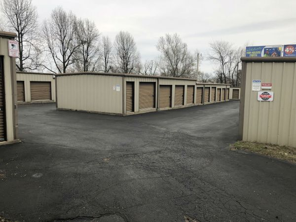 7th Street Storage 2701 East 7th Street Joplin, MO - Photo 4