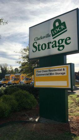 Clarksville Lock Storage 405 Tiny Town Road Clarksville, TN - Photo 3