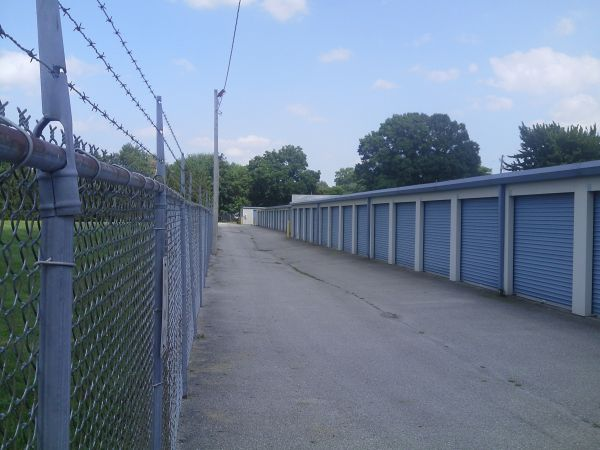 Southside Self Storage 1340 Conant St Maumee, OH - Photo 3