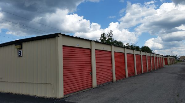 West Seneca Self Storage 1711 Union Road West Seneca, NY - Photo 2