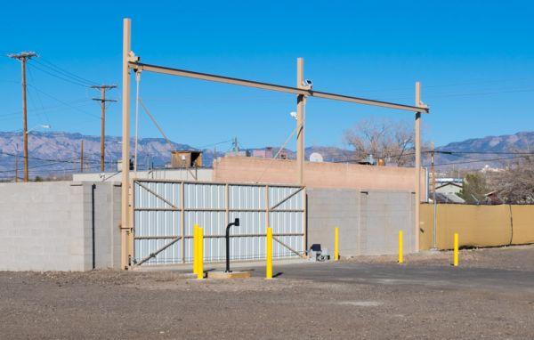 Xtreme Storage 100 Trumbull Avenue Southeast Albuquerque, NM - Photo 3