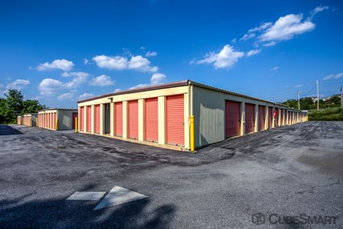 CubeSmart Self Storage - Harrisburg - 321 Milroy Rd 321 MILROY RD HARRISBURG, PA - Photo 4