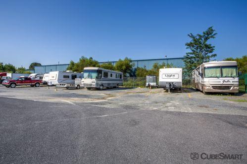 CubeSmart Self Storage - Harrisburg - 6325 Allentown Blvd 6325 Allentown Blvd Harrisburg, PA - Photo 4