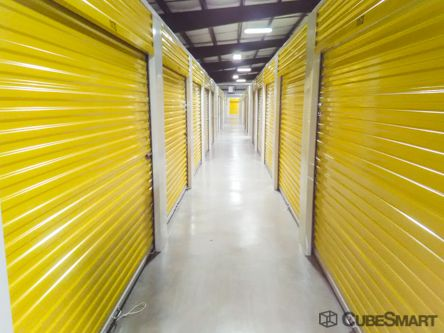 CubeSmart Self Storage - Bacliff 2919 Highway 146 Bacliff, TX - Photo 1