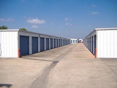 Allen Mini Storage - Angleton - 2600 South Velasco Street 2600 South Velasco Street Angleton, TX - Photo 0