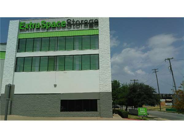 Extra Space Storage - Dallas - Haskell Ave 503 South Haskell Avenue Dallas, TX - Photo 6