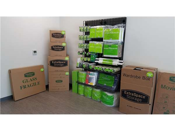 Extra Space Storage - Riverview - 7018 S US Highway 301 7018 U.S. 301 Riverview, FL - Photo 3