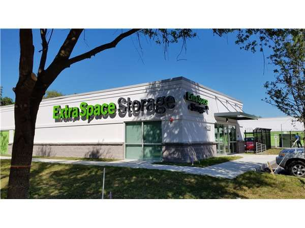 Extra Space Storage - Riverview - 7018 S US Highway 301 7018 U.S. 301 Riverview, FL - Photo 5