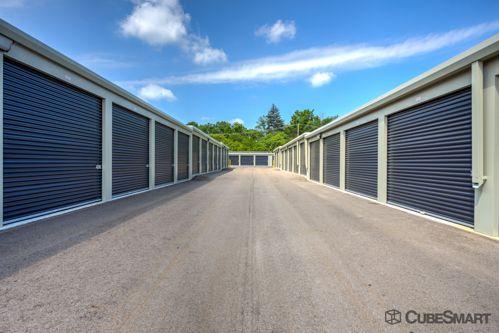 CubeSmart Self Storage - Livonia 28153 Eight Mile Road Livonia, MI - Photo 1
