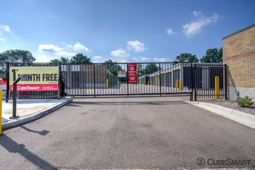 CubeSmart Self Storage - Livonia 28153 Eight Mile Road Livonia, MI - Photo 5
