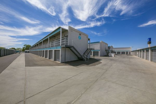 Phoenix Bargain Storage - Newly Remodeled! 1239 North 54th Avenue Phoenix, AZ - Photo 10