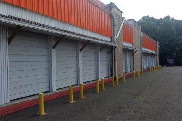 Life Storage - Hamden 1315 Dixwell Avenue Hamden, CT - Photo 0