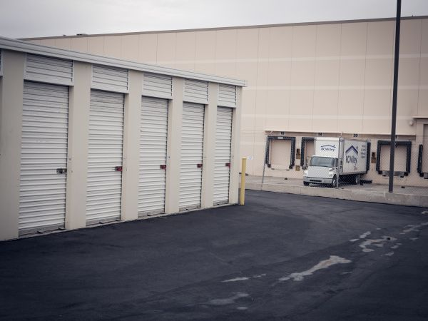 EZ Storage - Salt Lake City - 2385 South 300 West 2385 South 300 West Salt Lake City, UT - Photo 3