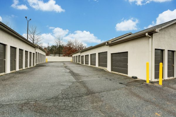 Space Shop Self Storage - Kennesaw 2095 Attic Parkway Kennesaw, GA - Photo 3