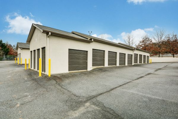 Space Shop Self Storage - Kennesaw 2095 Attic Parkway Kennesaw, GA - Photo 4