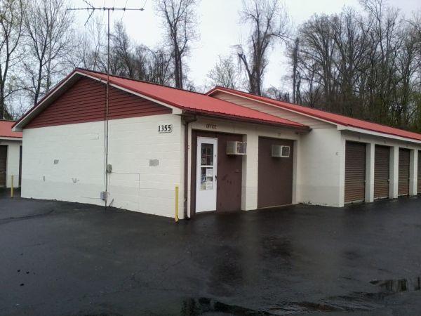 Gold Vault Storage1355 North Wilson Road - Radcliff KY - Photo 1 ... & Gold Vault Storage: Lowest Rates - SelfStorage.com