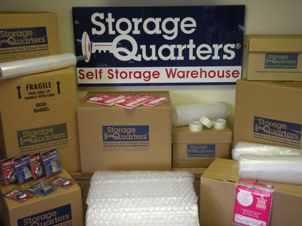 Storage Quarters - Garden City - 999 Stewart Avenue 999 Stewart Avenue Garden City, NY - Photo 1