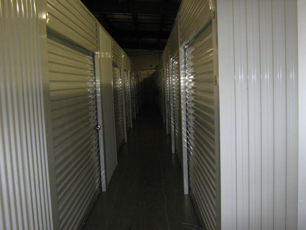 Highland Colony 220 Storage 6500 Cole Rd Ridgeland, MS - Photo 3