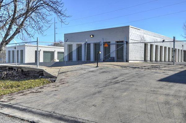 Belton Self Storage 115 Wilbur Parish Circle Belton, MO - Photo 1