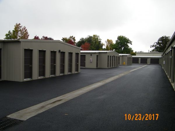 Coburg Road Storage 3700 Coburg Road Eugene, OR - Photo 4