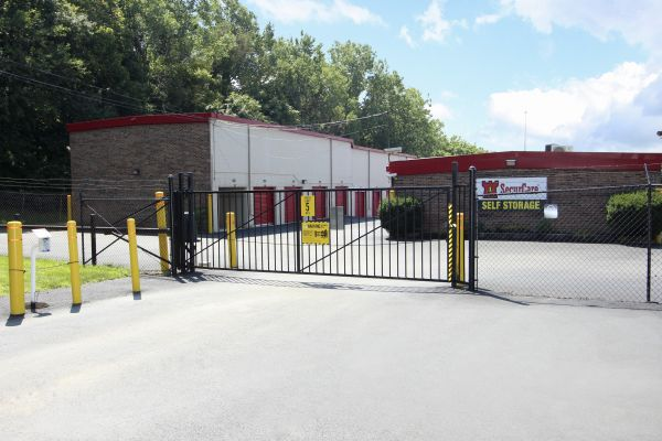 SecurCare Self Storage - Indianapolis - Stover Ave. 551 Stover Avenue Indianapolis, IN - Photo 2