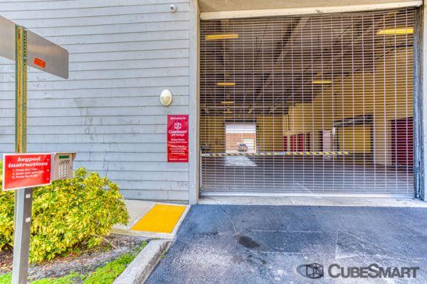 CubeSmart Self Storage - Oakland Park 5061 Northeast 13th Avenue Oakland Park, FL - Photo 7