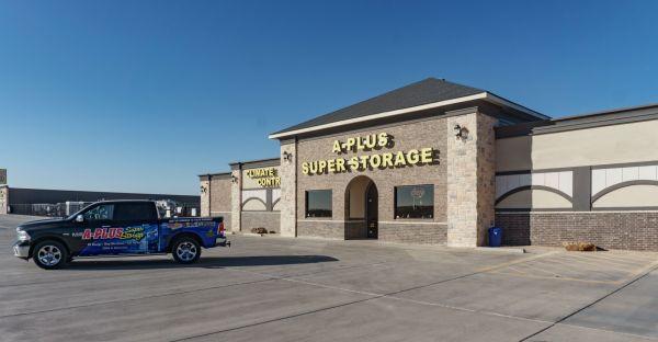 1585 A-Plus Shops & RV 2614 Farm to Market Road 1585 Lubbock, TX - Photo 0