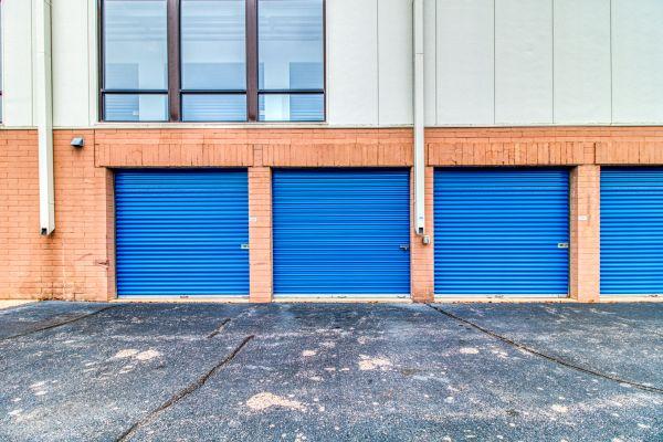 Storage Sense - Eastpointe 21500 Gratiot Avenue Eastpointe, MI - Photo 9
